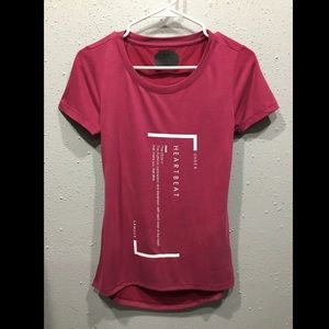 NWT Under Armour Athletic Shirt (S)